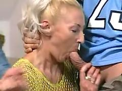 Old mama gets mouthful