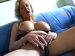 Old ugly slut masturbates