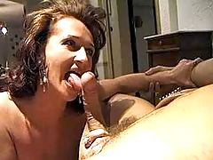 Milf gets facial after BJ