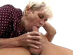 Hot milf fucks in ass n gets facial