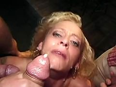 Mom gest cock in tight ass and tastes cum